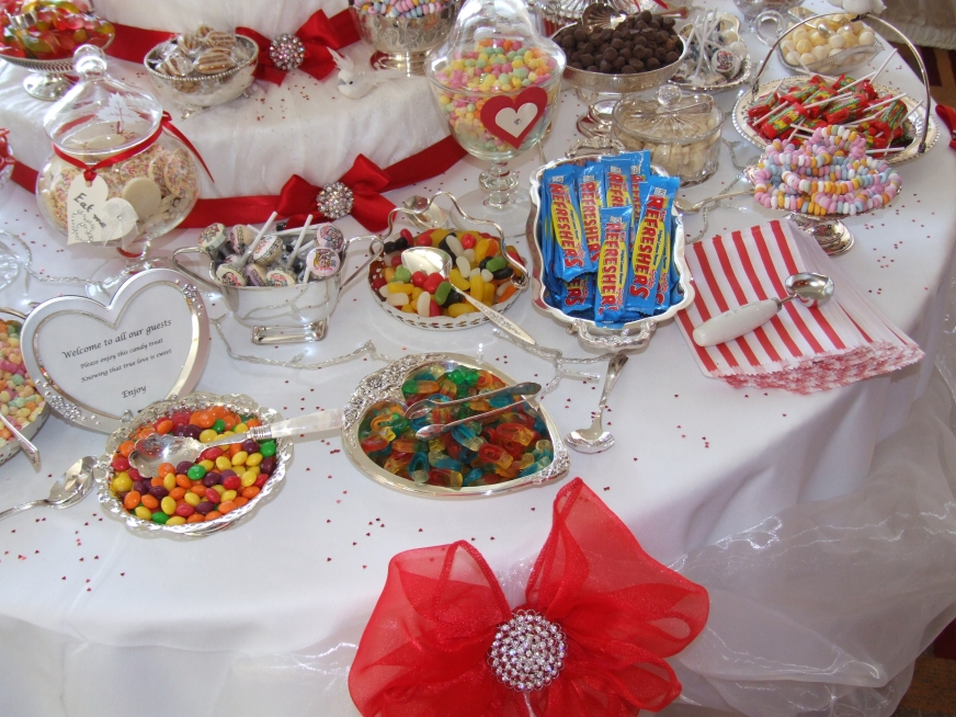 wedding sweets buffet table nottingham, leicester, sheffield, chesterfield, derby, oakham, rutland, lincoln