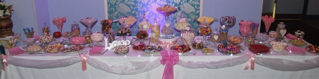 sweets and candy buffet table, candy cart nottingham, sheffield, chesterfield, barnsley, newark, derby, doncaster, grantham, lincoln