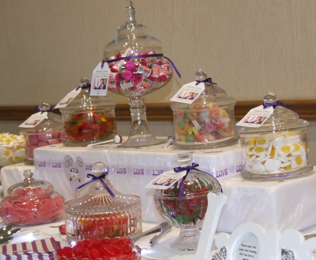 sweets buffet stratford-on-avon, centrepiece option. 20 sweets choices