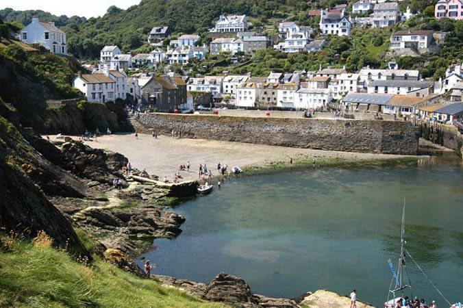 Self catering holiday cottage accommodation polperro