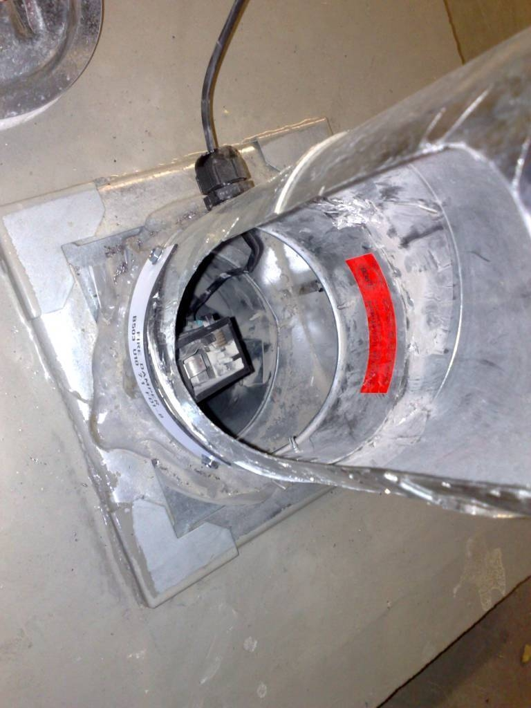 fire damper as fitted into plantroom slab